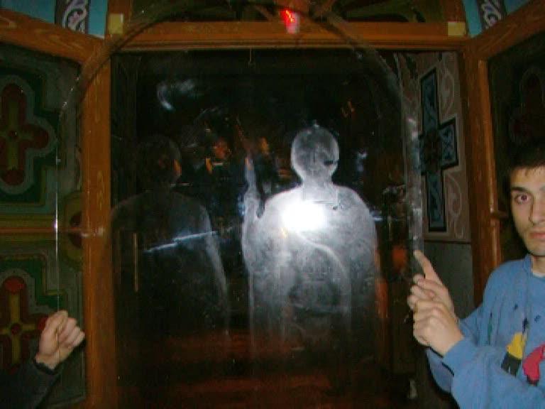 ангел в церкви фото больше перелистывали другие