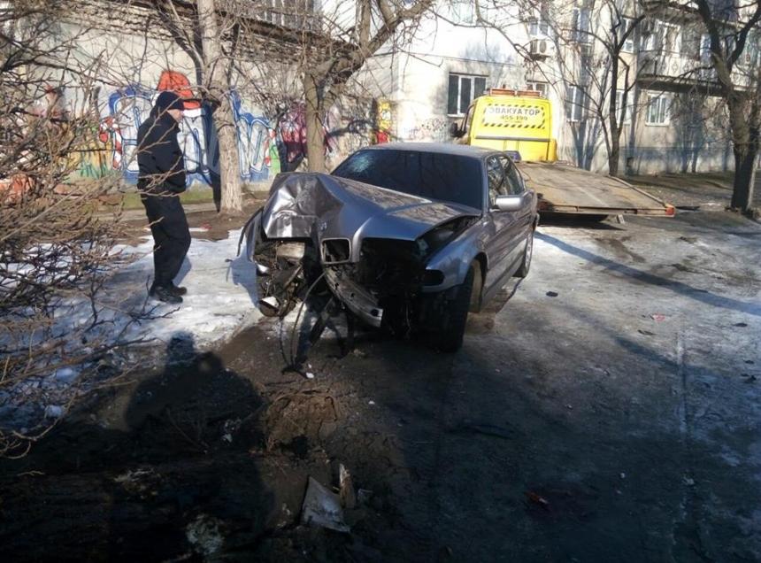 """ДТП в Днепропетровске: возле цирка перевернулся и загорелся """"Lexus"""", водитель сбежал - Цензор.НЕТ 6128"""