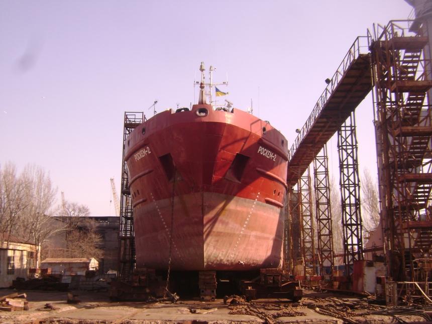 Украина починит русский танкер «Роскем-2», наплевав на «санкционную войну»