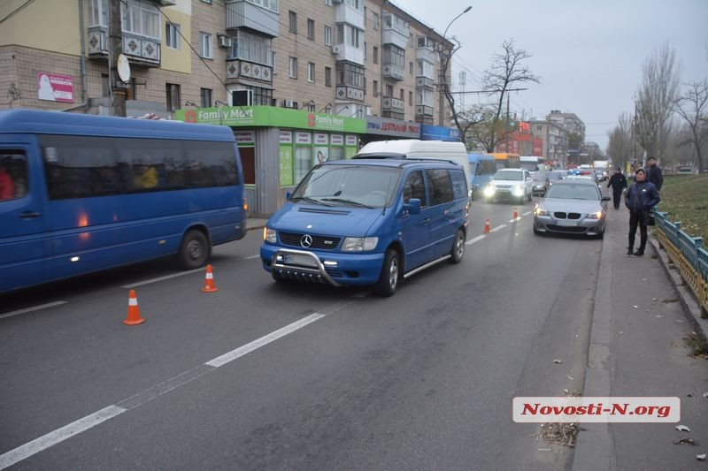 ВНиколаеве семь человек пострадали вДТП
