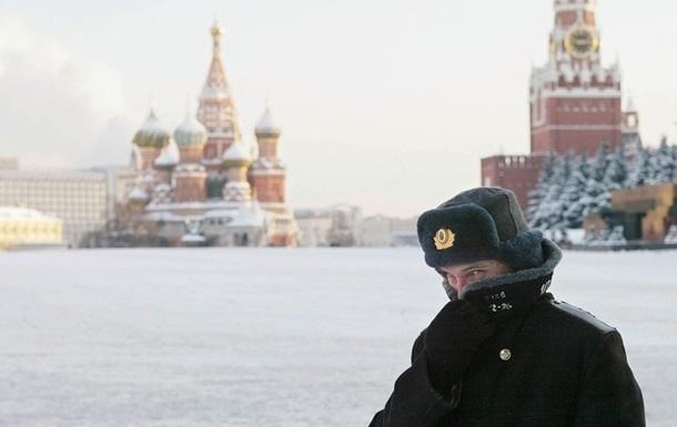 Иностранные инвесторы вывели загод с русского рынка практически $900 млн
