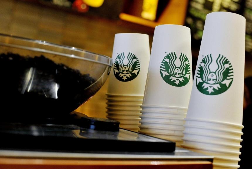 Власти Англии планируют обложить налогом кофе «навынос»