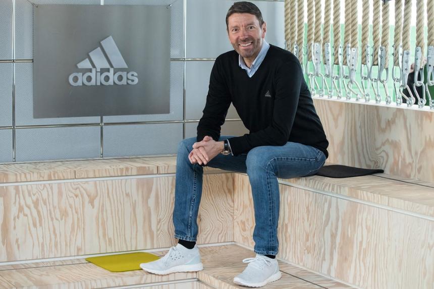 Руководитель Adidas призвал Запад кулучшению отношений сРоссией