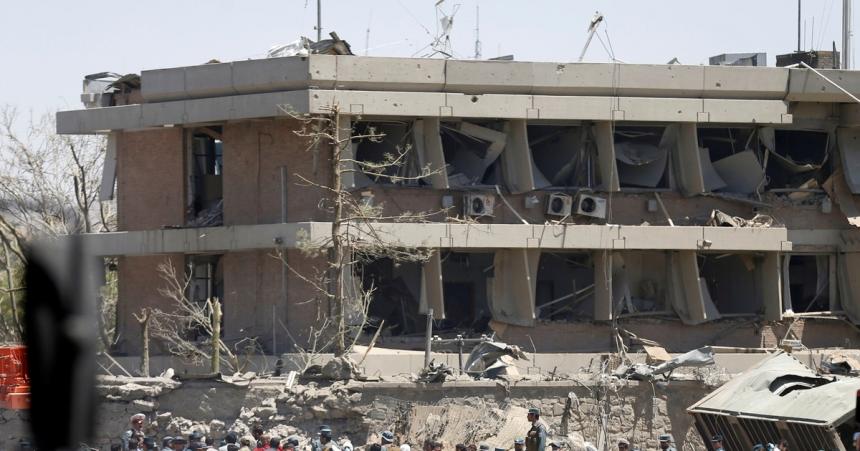 Порошенко выразил сожаления семьям погибших украинцев в итоге нападения вКабуле