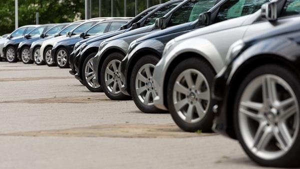 После Нового года продажи легковых авто увеличились на37%