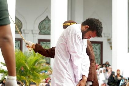 В Индонезии за секс до брака будут давать пять лет тюрьмы