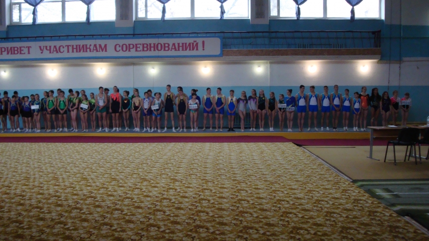 В Николаеве проходит Чемпионат Украины по прыжкам на батуте