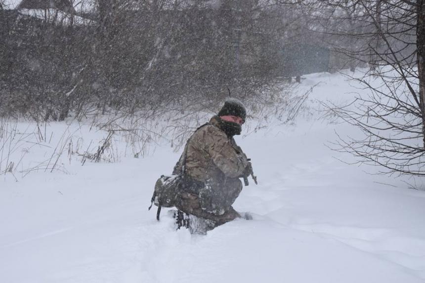 Боевики 13 раз обстреляли позиции сил АТО