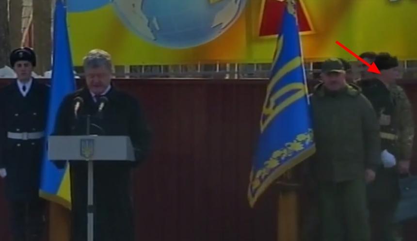 Порошенко: Выдворение 13 русских дипломатов укрепит безопасность государства Украины