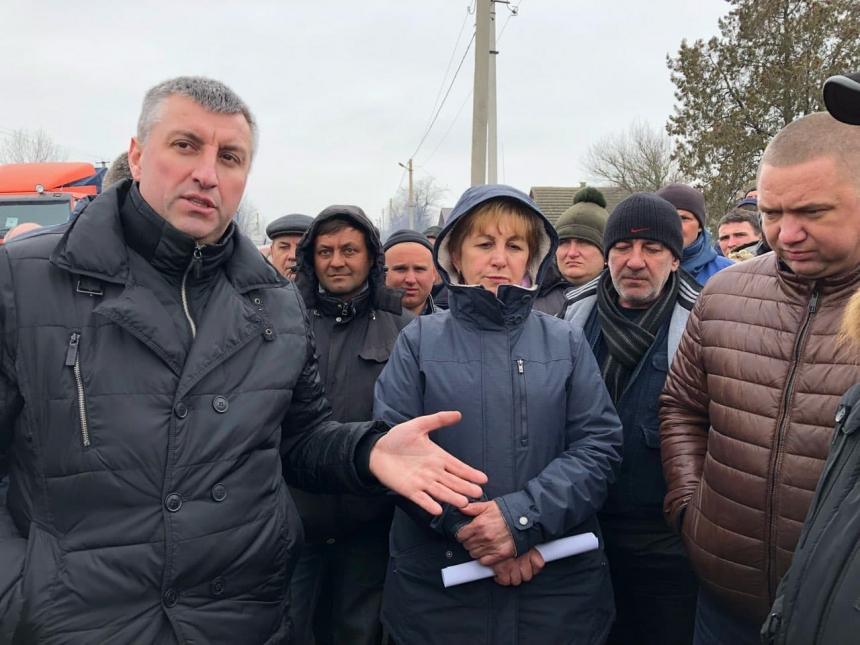 НаНиколаевщине разблокировали две дороги— протестующее готовы ожидать дочетверга