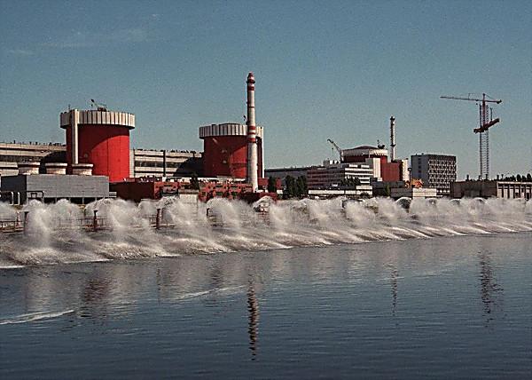 Южноукраинская АЭС отключила один изэнергоблоков неменее чем на3 месяца