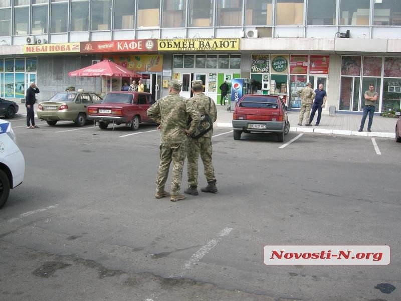 Двое нетрезвых военных устроили стрельбу наавтовокзале Николаева