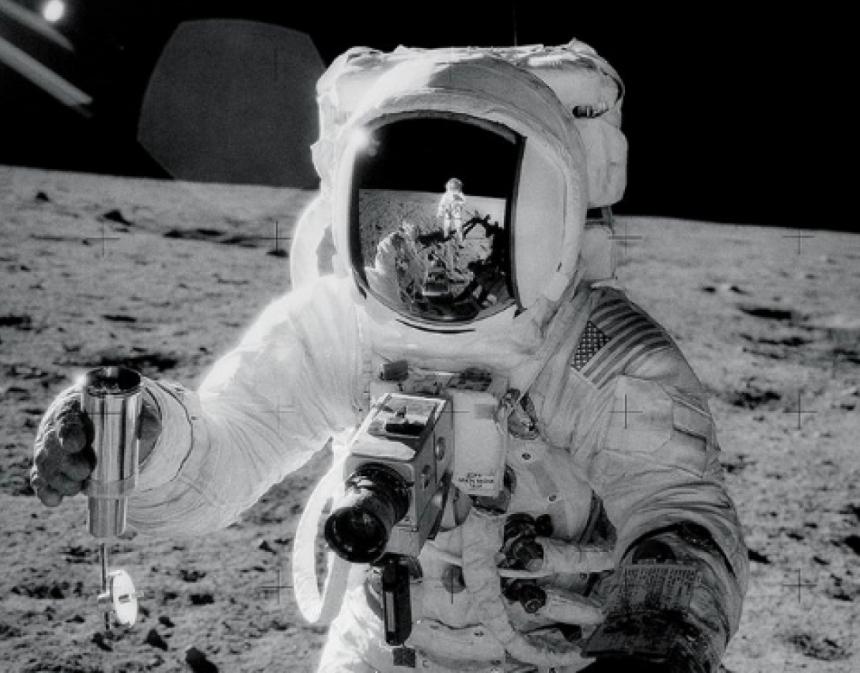 Умер американский астронавт Алан Бин, побывавший на Луне