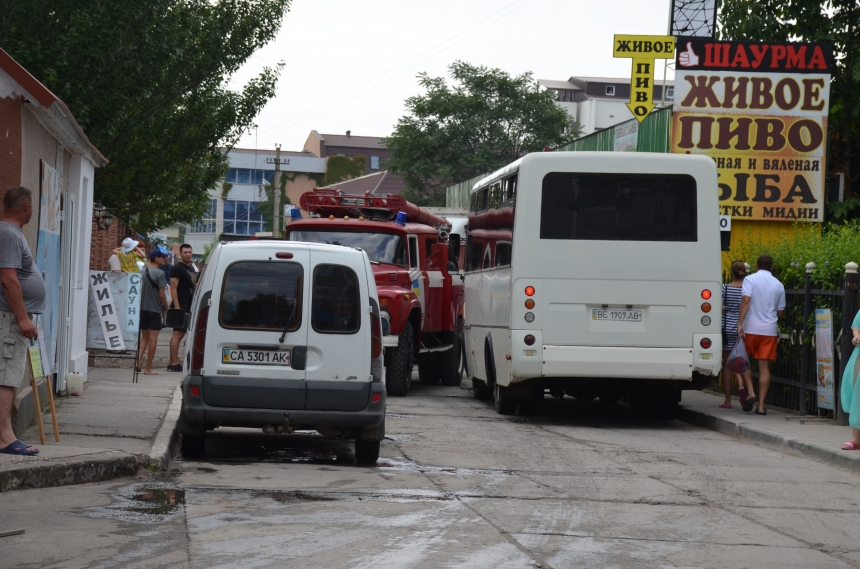 Газовий балон вибухнув у пляжному барі на Миколаївщині: частина закладу згоріла, постраждала жінка - Цензор.НЕТ 1602
