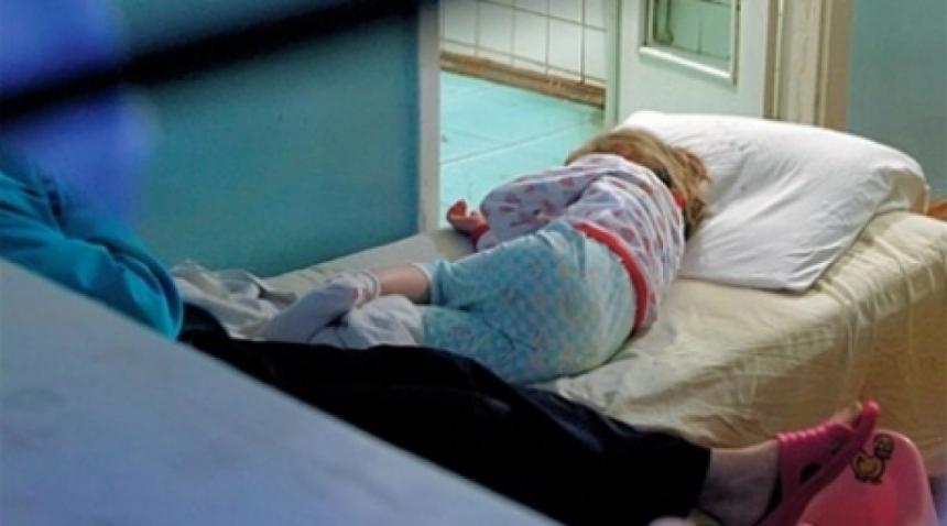 8 детей и двое взрослых из Молдавии отравились на базе в зоне отдыха К