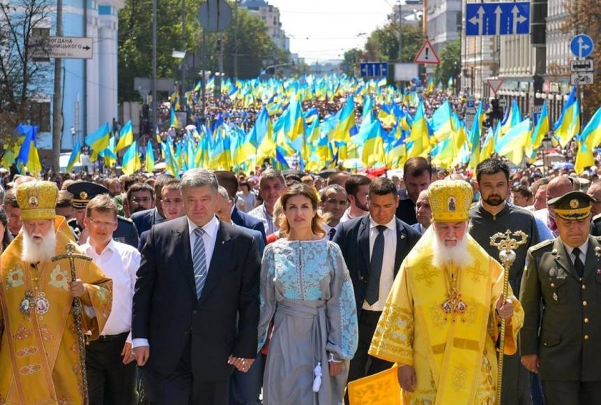 Где искать: Порошенко сбежал за границу