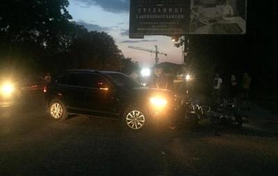 Экс-супруга главы Нацполиции сбила мотоциклиста в Ужгороде - СМИ