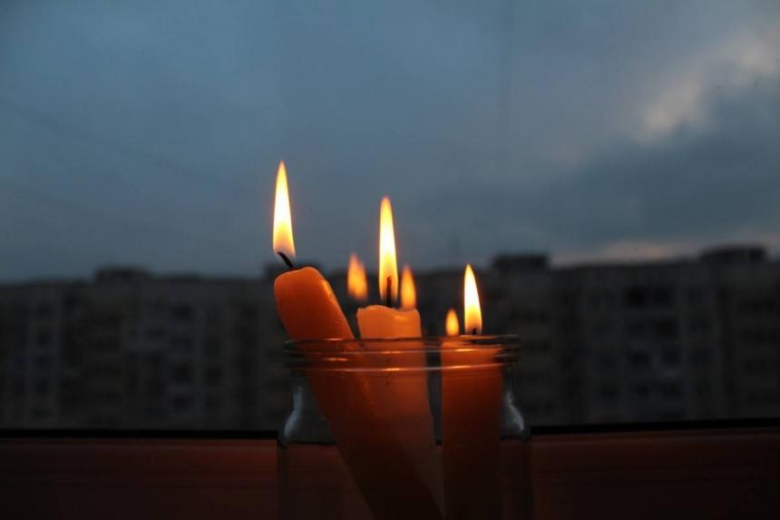 В Николаеве без света осталось более 1 500 абонентов — дама на «Ауди»