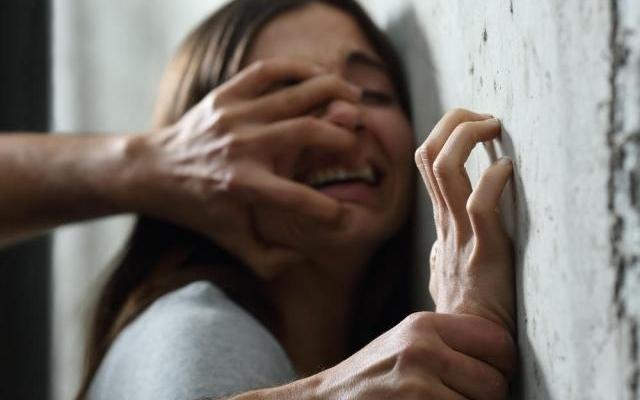В Южном рецидивист изнасиловал 18-летнюю беременную из Николаева