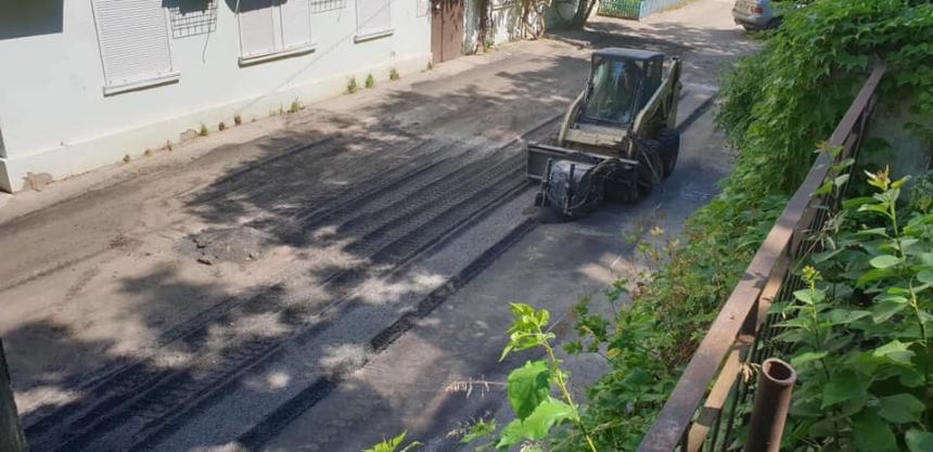 В Николаеве улицу асфальтируют второй раз за месяц: дорожники говорят, что за свой счет