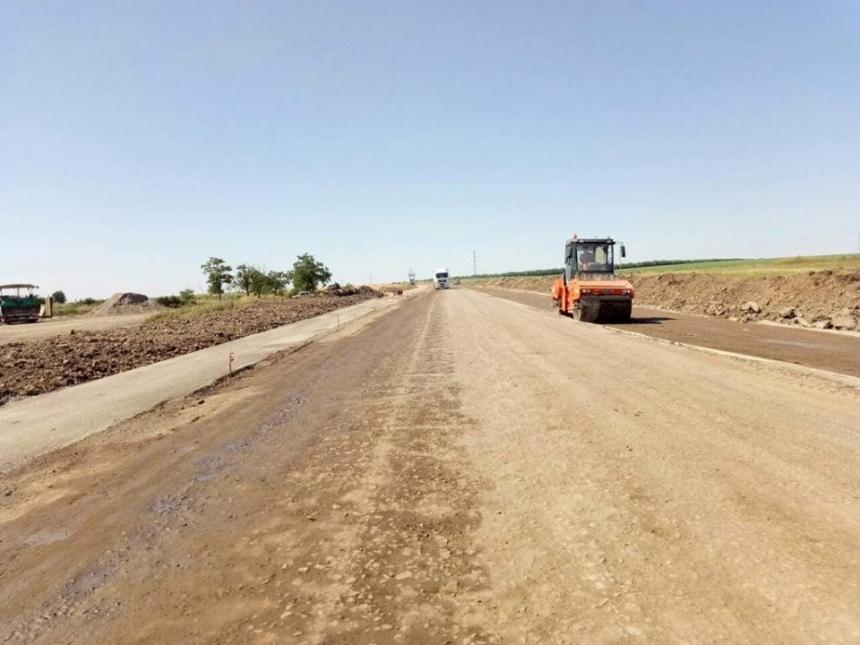 На Николаевщине ремонтируют многострадальную автодорогу Н-14