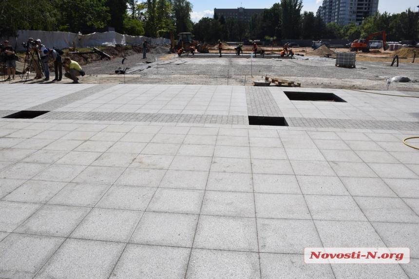 Реконструкция Соборной площади в Николаеве: работы могут остановиться