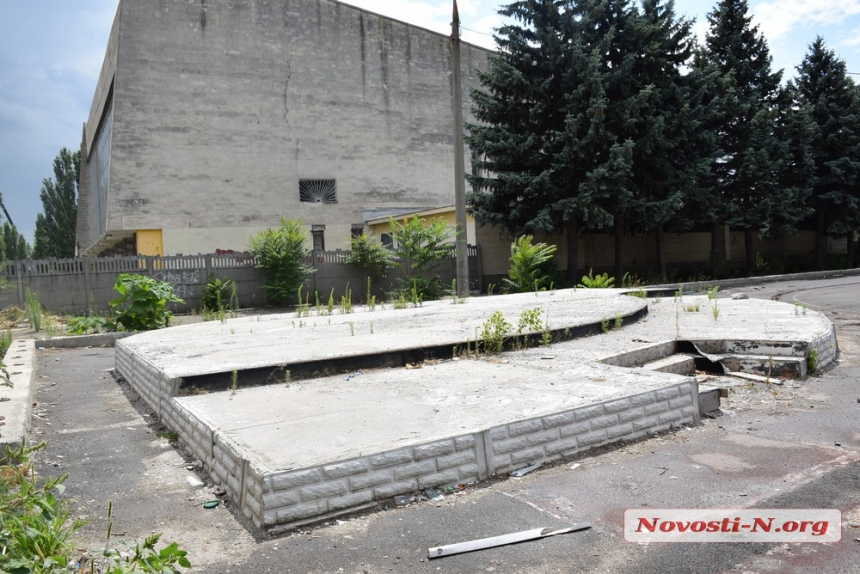 Что случилось с единственным катком в Николаеве. ФОТО