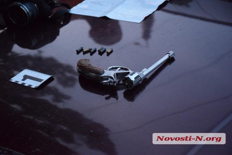 В Николаеве задержан мужчина, стрелявший на улице из  револьвера
