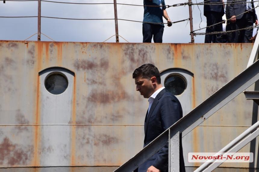 Как Владимир Зеленский побывал на крейсере «Украина» в Николаеве. ФОТОРЕПОРТАЖ