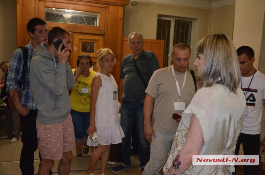 Николаев обработал меньше четверти протоколов: хуже всех считает Заводский район