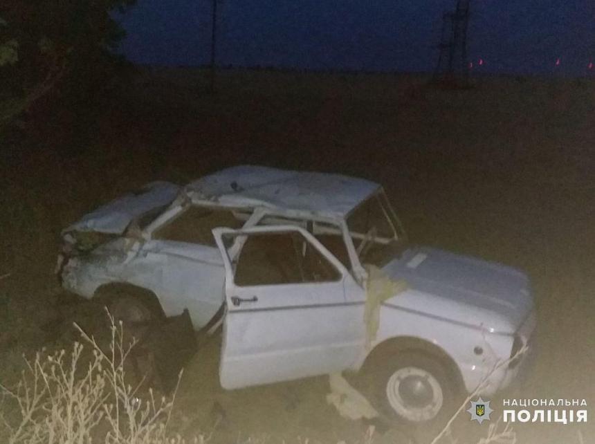 На Николаевщине перевернулся Запорожец - пострадали четверо детей и их родители