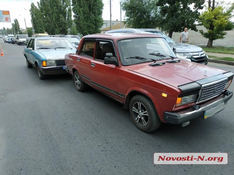 В Николаеве  пьяный водитель на «Форде» въехал «Жигули»