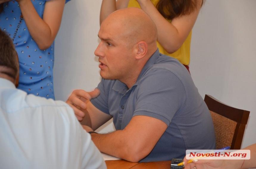 Начальник администрации Центрального района Николаева Александр Береза