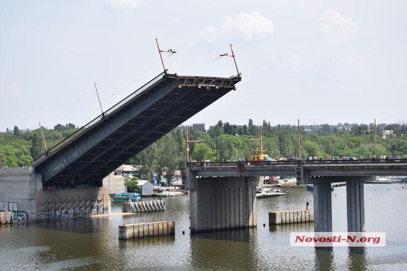 В Николаеве сегодня разведут мосты