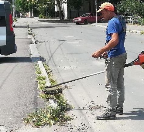 В Заводском районе провели санитарную обработку дорог
