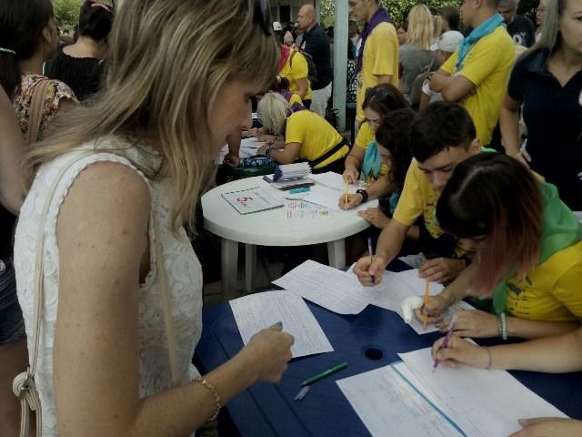 На отдых в «Дельфин» поехали отдыхать 22 ребенка с Заводского района Николаева