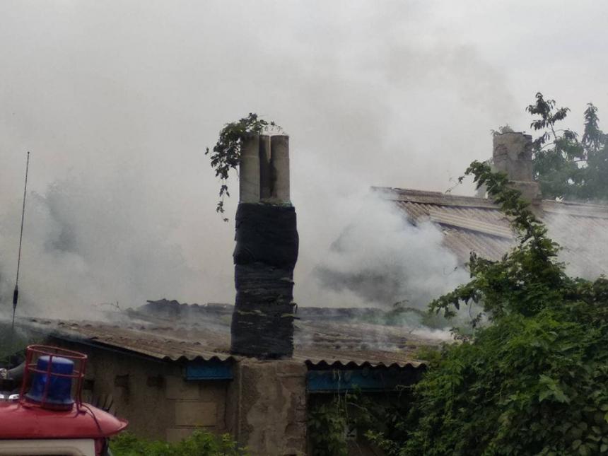 В Николаеве сгорело неэксплуатируемое здание