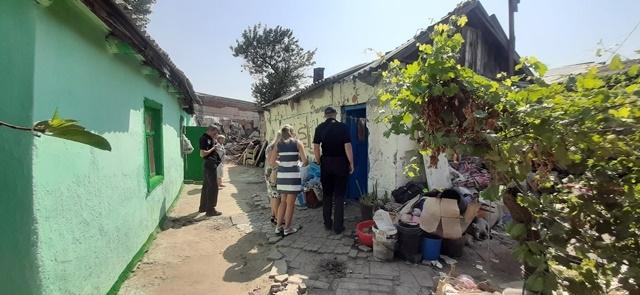В Николаеве у матери-алкоголички отобрали трех детей