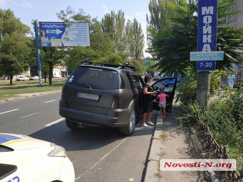 В Николаеве у «корейца» на ходу отвалилось колесо