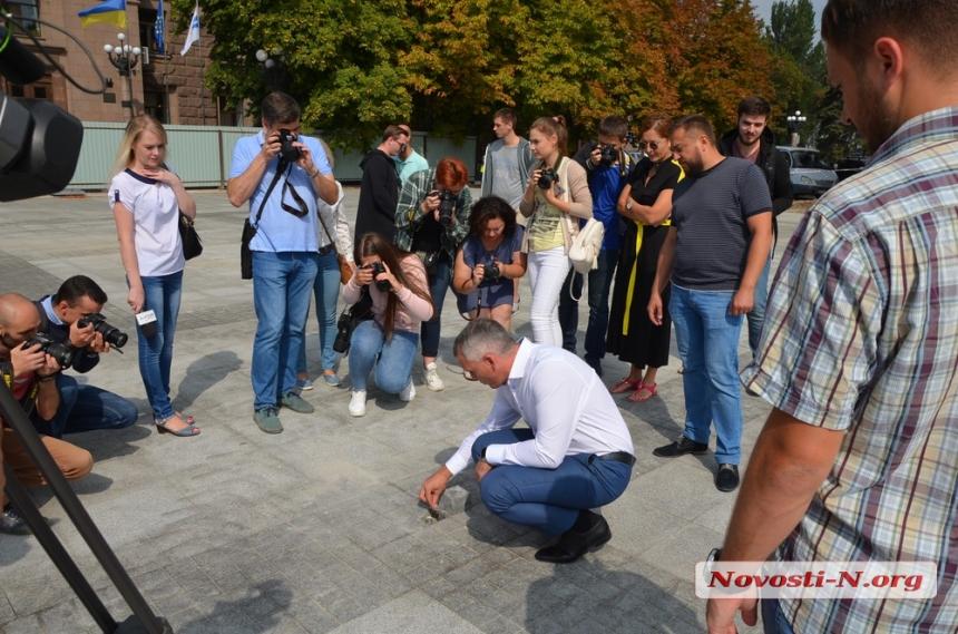 День города николаевцы отпразднуют с группой «ТИК», но без необходимого оборудования