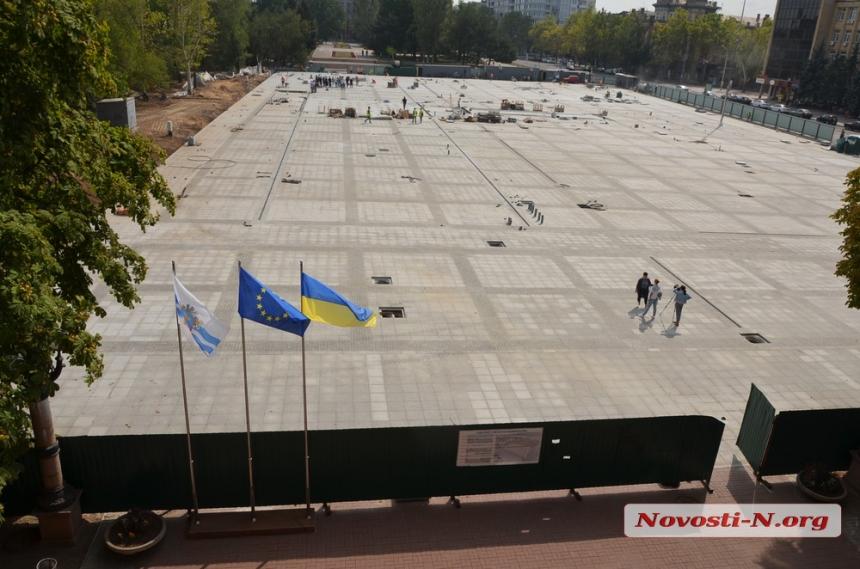 Обещанные деревья на главной площади Николаева появятся только весной