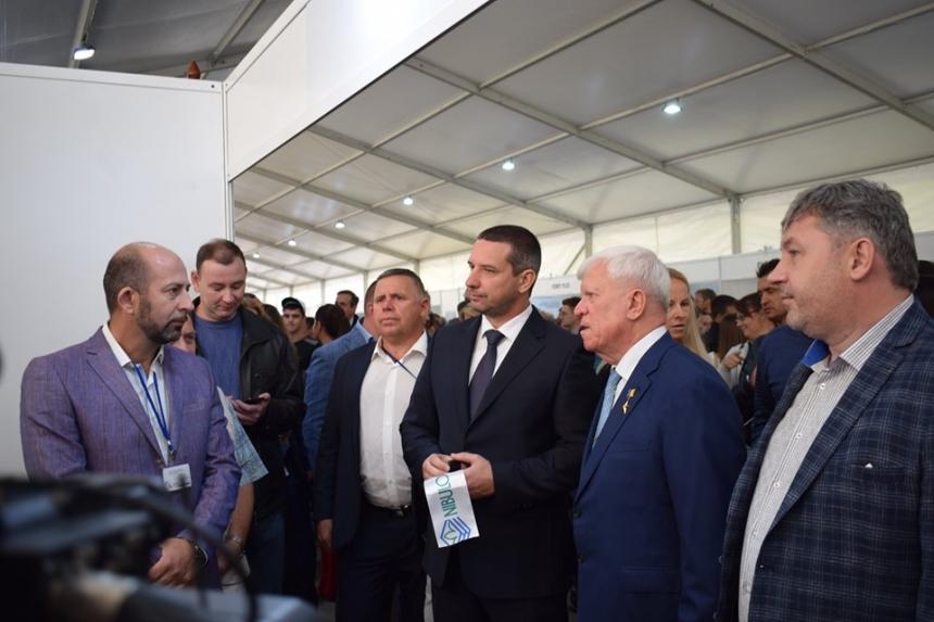 Александр Стадник поздравил «Нибулон» с введением в эксплуатацию 140-метрового судна