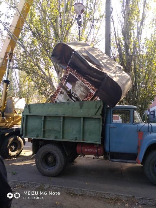 В Заводском районе демонтировали будки и убрали растяжки