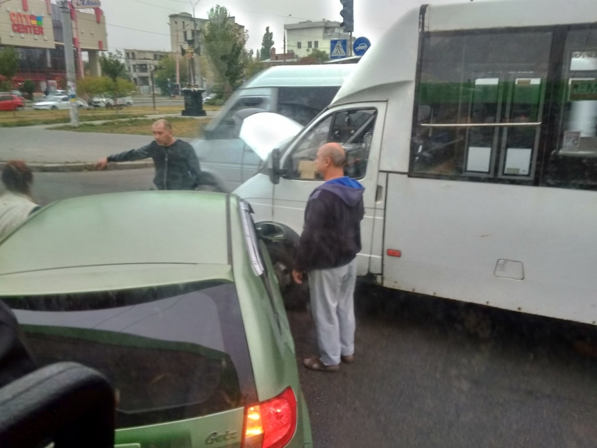 Фото из вайбер-сообщества «ДТП и дороги Николаева и области»