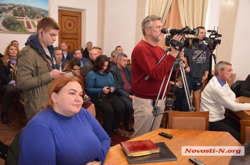 Сенкевич возмущен «конноспортивной базой» в центре Николаева