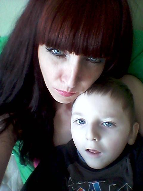 «Уже нет сил»: в Николаеве мать ребенка с инвалидностью просит отремонтировать лифт