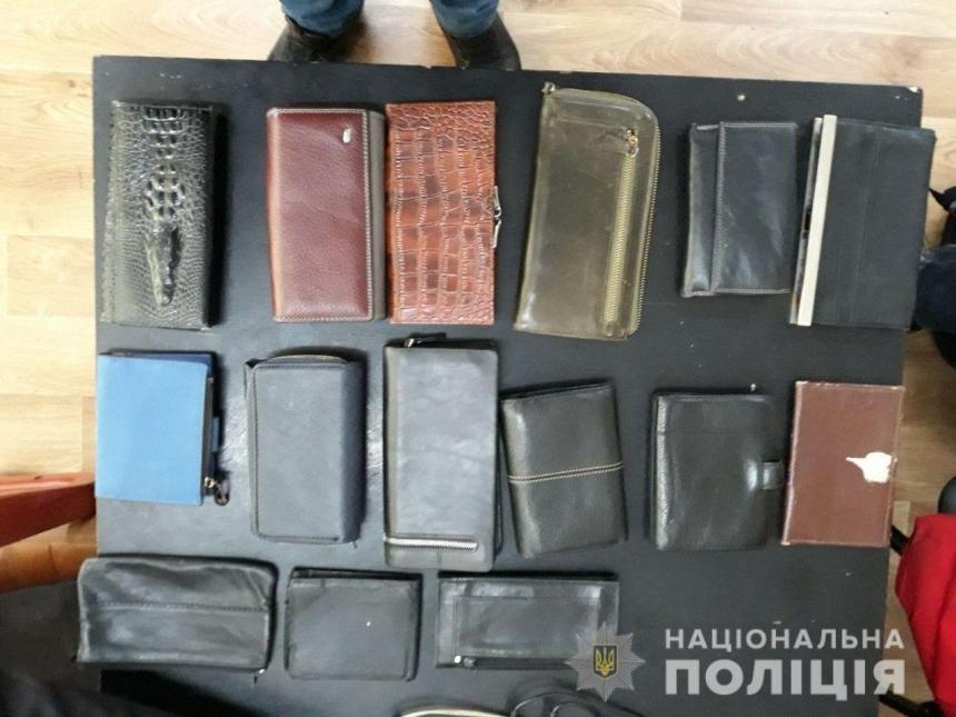 В Николаеве женщина воровала вещи у пациентов городских больниц