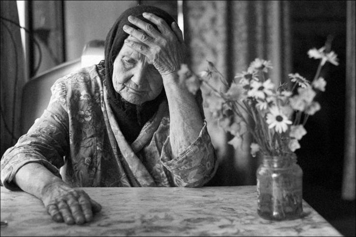 В Николаеве липовая соцработница «очистила» 80-летнюю бабушку на 70 тысяч гривен