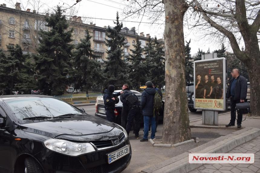 В центре Николаева задержана с поличным банда «Осетра»