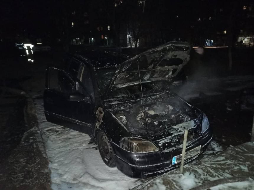 На Николаевщине по неизвестной причине загорелся Opel